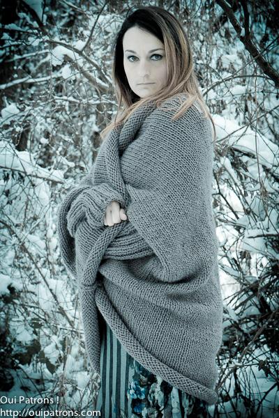 Modèle à tricoter gratuit Cape Femme Laine Katia Punto