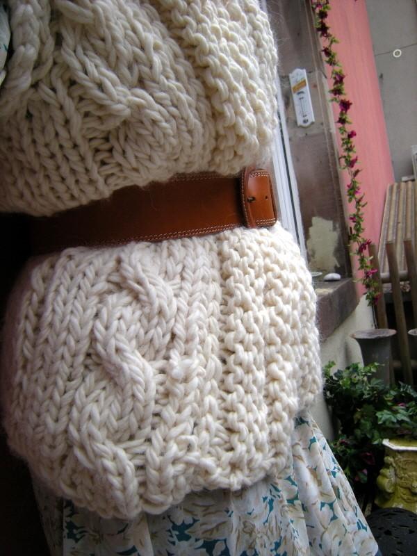 photo tricot mod le tricot gilet grosse laine. Black Bedroom Furniture Sets. Home Design Ideas