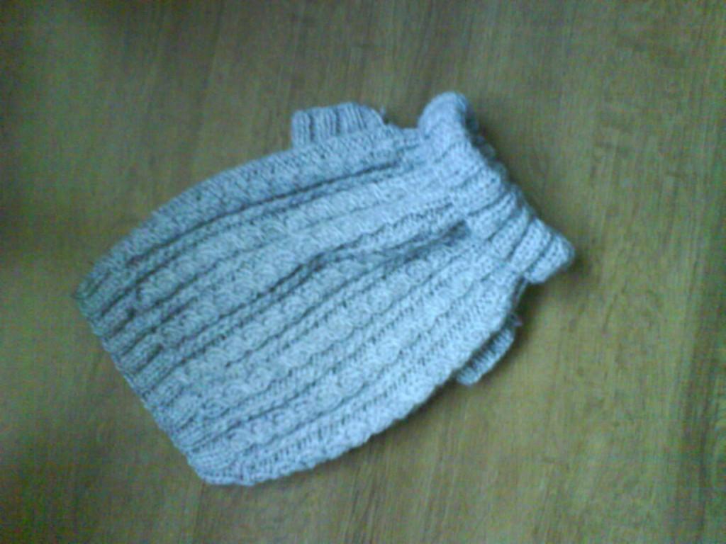 patron pull bebe crochet cashmere sweater england. Black Bedroom Furniture Sets. Home Design Ideas