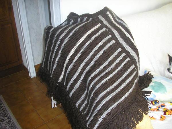 photo tricot modèle tricot poncho 17