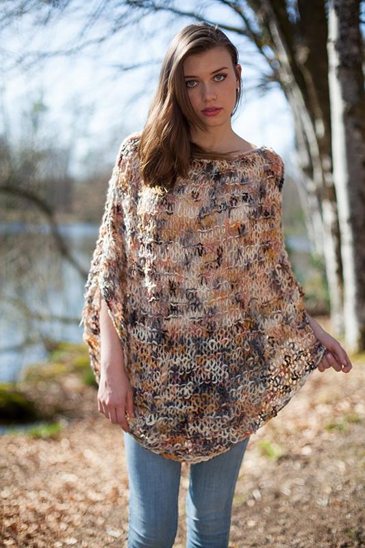 photo tricot modèle tricot poncho 4