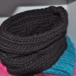 photo tricot modèle tricot tour de cou torsade 15
