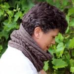 photo tricot modèle tricot tour de cou torsade 3