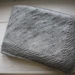 photo tricot modèle tricoter bébé une couverture 2