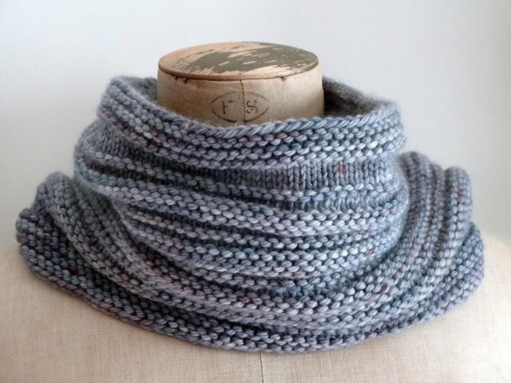 photo tricot modèle tricoter tour de cou circulaires 9