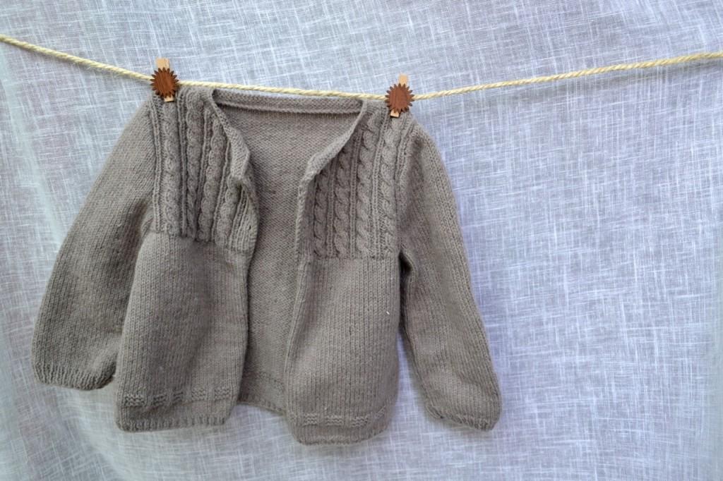 modele tricot gratuit veste bebe
