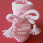 photo tricot modele tricot bebe chaussons 10