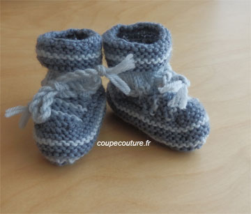 photo tricot modele tricot bebe chaussons 6