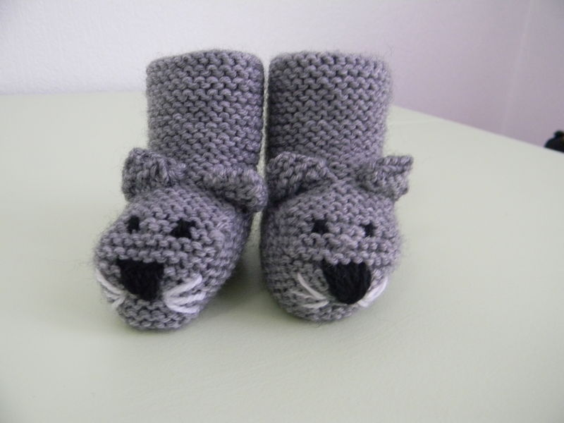 photo tricot modele tricot bebe chaussons 9