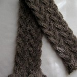 photo tricot modele tricot bebe echarpe 4