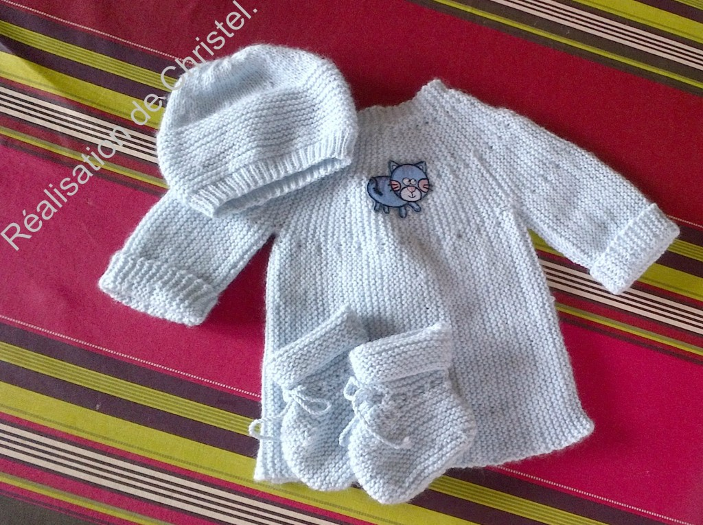 photo tricot modele tricot bebe simple 12