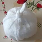 photo tricot modele tricot bonnet bebe naissance 15