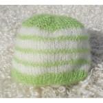 photo tricot modele tricot bonnet bebe naissance 4