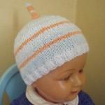 photo tricot modele tricot bonnet bebe naissance 6
