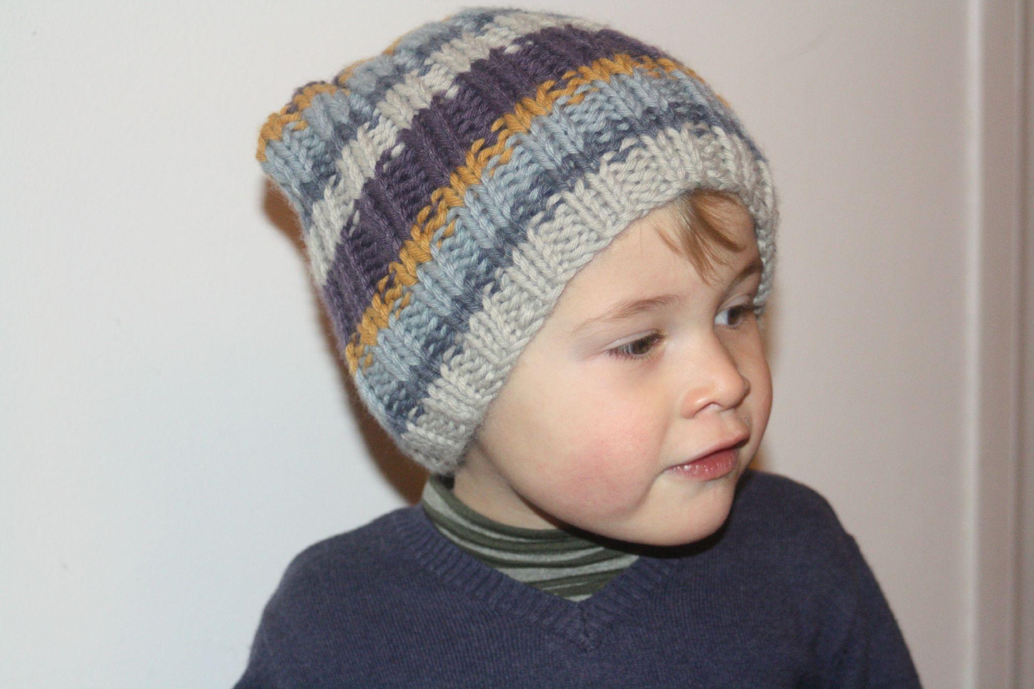 photo tricot modele tricot bonnet fille 2 ans 10