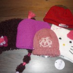 photo tricot modele tricot bonnet hello kitty 10