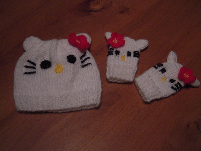 tricoter un bonnet hello kitty