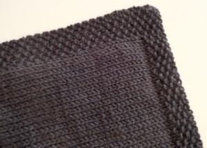photo tricot modele tricot couverture bébé facile 15