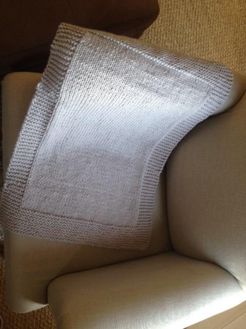 photo tricot modele tricot couverture bébé facile 18