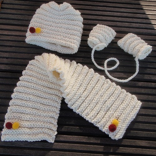 photo tricot modele tricot debutant layette 13