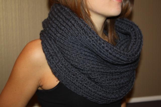photo tricot modele tricot echarpe femme 17