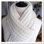 photo tricot modele tricot echarpe femme 4
