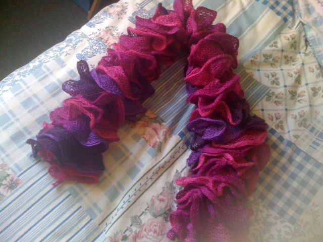 photo tricot modele tricot echarpe katia 10