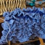 photo tricot modele tricot echarpe spirale 2