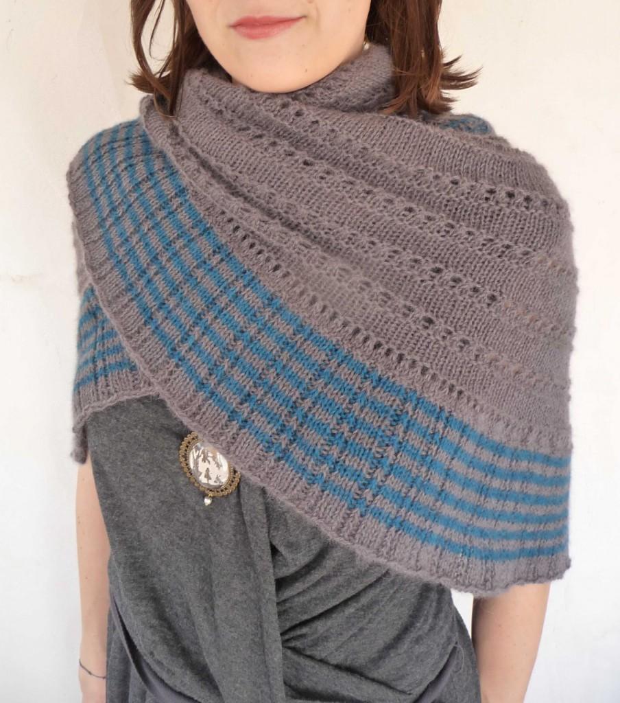 Photo tricot modele tricot facile chale 6 - Modele mitaine tricot facile ...