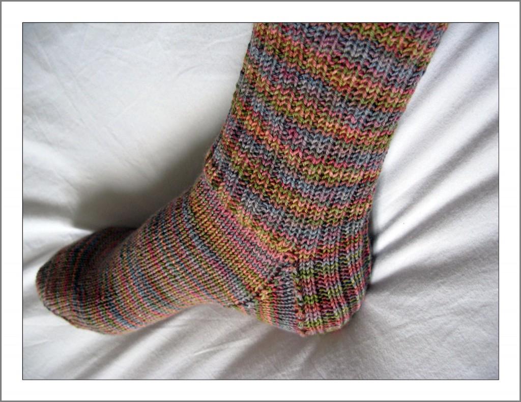 photo tricot modele tricot facile chaussette 15