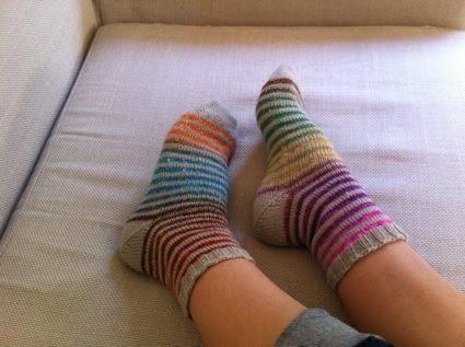 photo tricot modele tricot facile chaussette 16