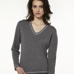 photo tricot modele tricot pull col v femme 13