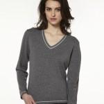 photo tricot modele tricot pull col v femme 13