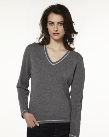 photo tricot modele tricot pull col v femme 13. Black Bedroom Furniture Sets. Home Design Ideas