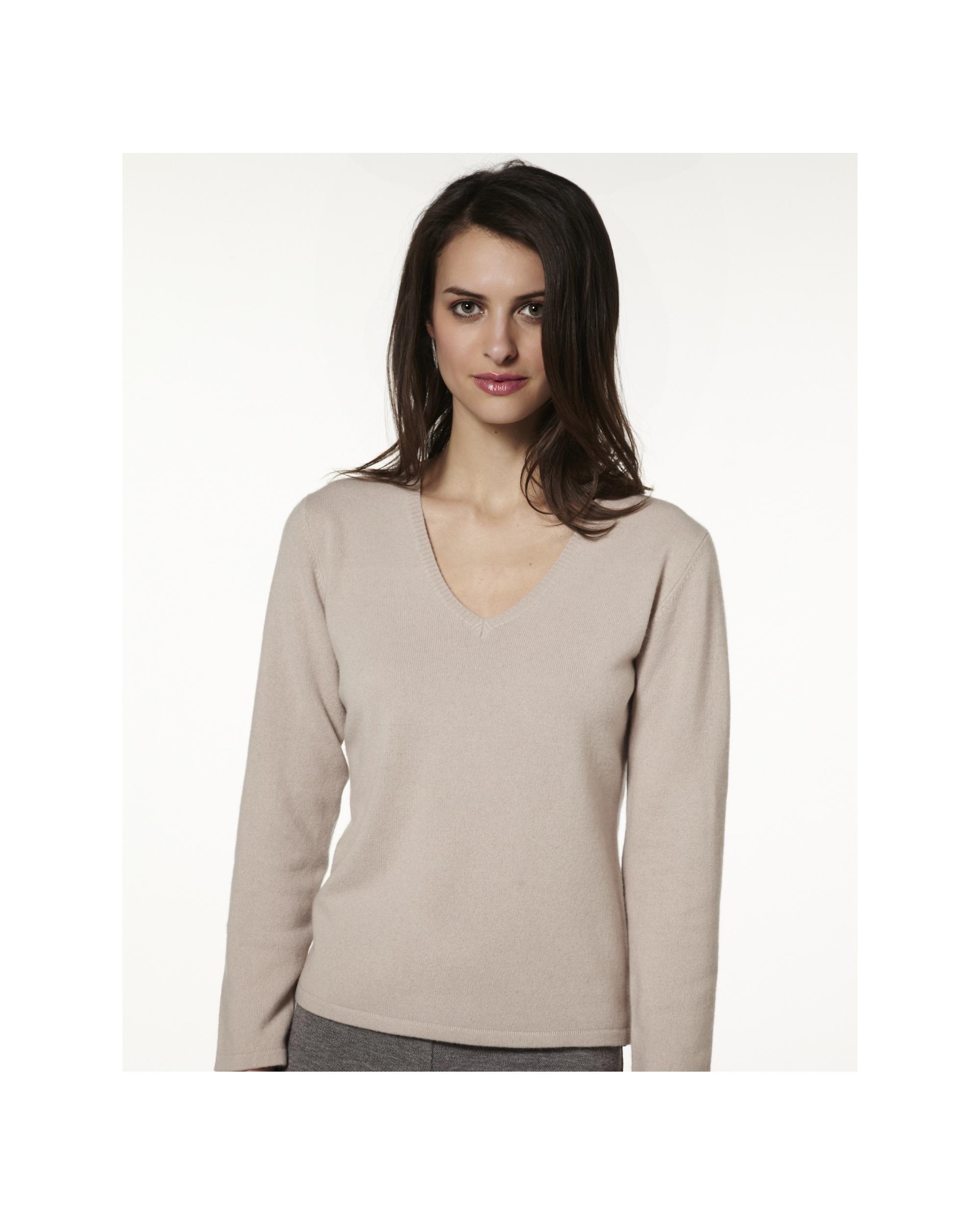 photo tricot modele tricot pull col v femme 7