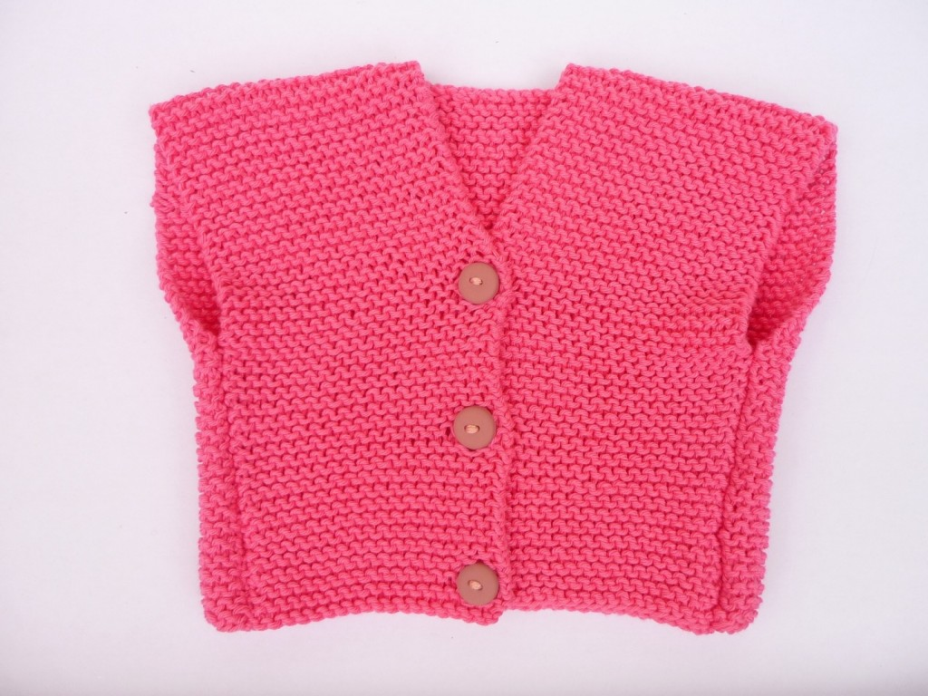 photo tricot modele tricot pull sans manche bebe 11