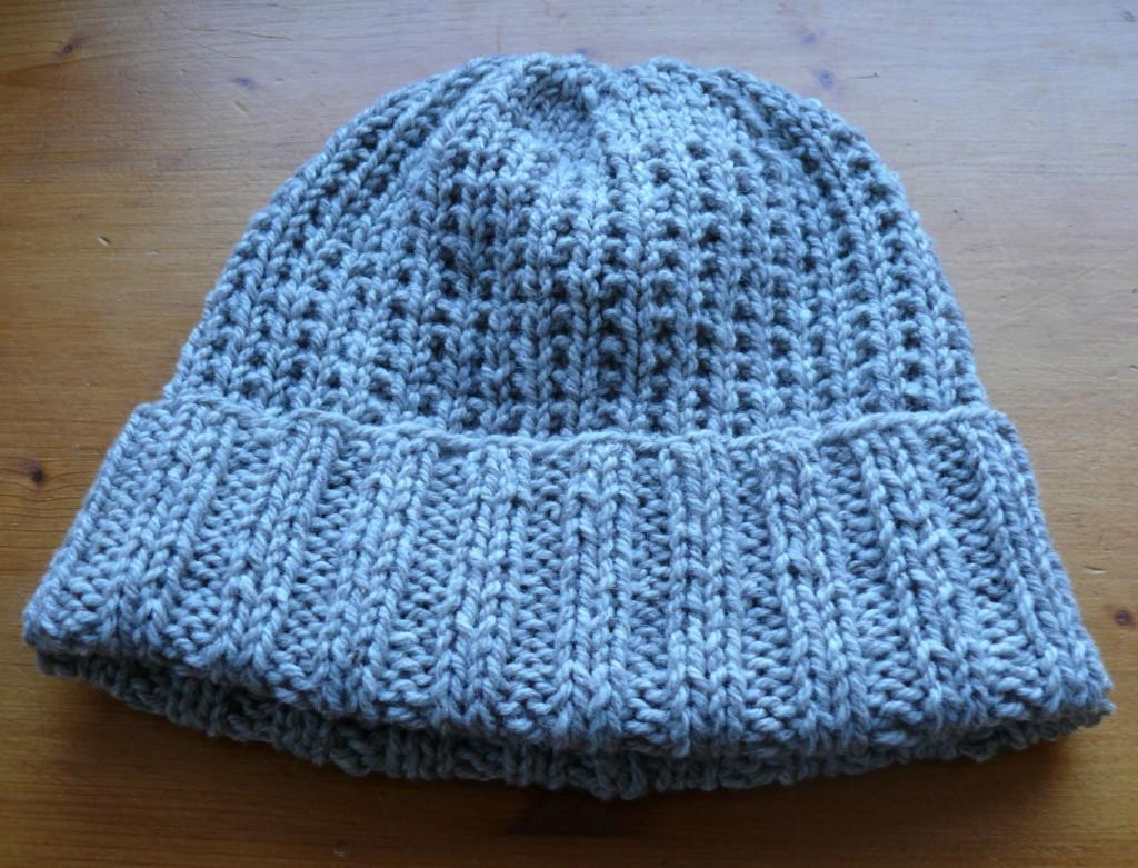 photo tricot modele tricoter bonnet homme 15