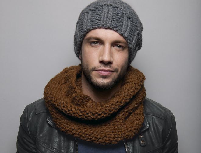 photo tricot modele tricoter bonnet homme