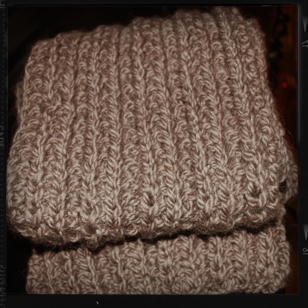 photo tricot modele tricoter facile une écharpe 17