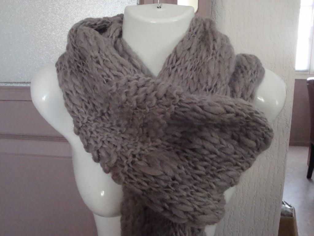 photo tricot modele tricoter facile une écharpe 5