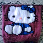 photo tricot modele tricoter pull hello kitty 10