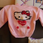 photo tricot modele tricoter pull hello kitty 12