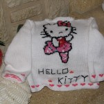 photo tricot modele tricoter pull hello kitty 16