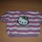 photo tricot modele tricoter pull hello kitty 18
