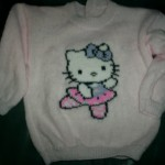 photo tricot modele tricoter pull hello kitty 7