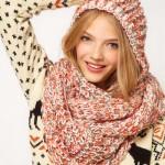 photo tricot tricot modele echarpe capuche 17